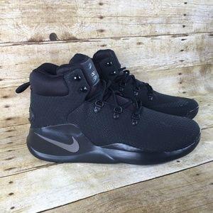 New Men's Nike Sizano Size 11